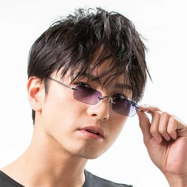 Satoru Gojō Sunglasses Display 3